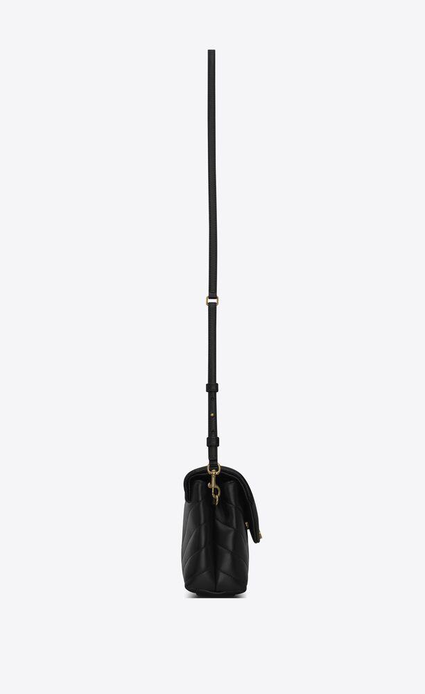 toy loulou tasche aus schwarzem leder mit y-matelassé-nähten mit riemen