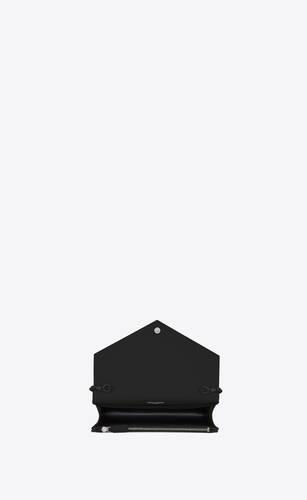 envelope chain wallet en cuir embossé grain de poudre