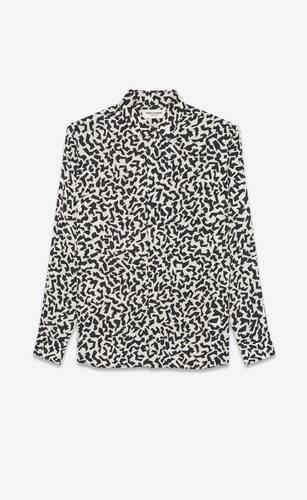 camisa clásica con cuello yves en seda estampada brillante