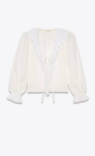 blouse nouée en voile de coton avec volants en broderie anglaise