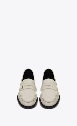 le loafer monogram mocassins en cuir lisse