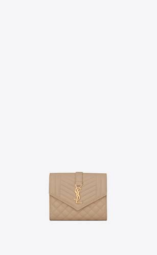 monogram portefeuille compact en cuir mix matelassé embossé grain de poudre
