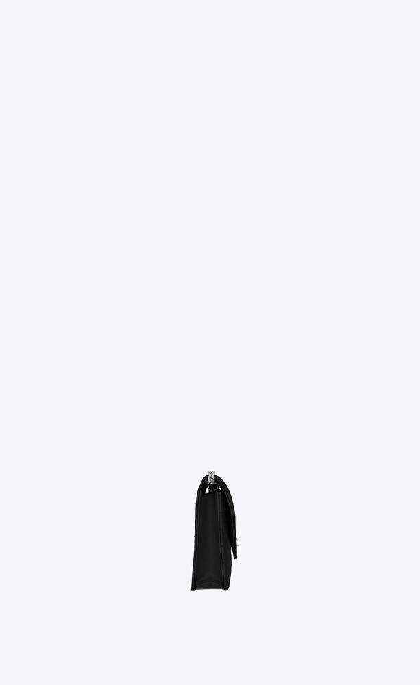 モノグラム・サンローラン エンベロープ チェーンウォレット(ブラック/グレインパウダーテクスチャード キルティングレザー)