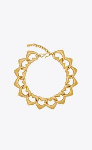 heart link chain choker in metal