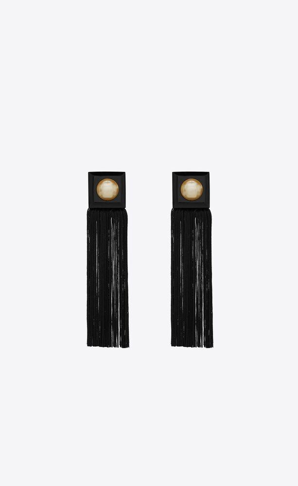 squared tassel earrings in metal and resin