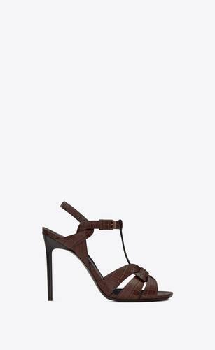 tribute sandalen aus glänzendem leder mit krokoprägung
