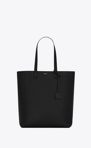 bold shopping bag in grained leather