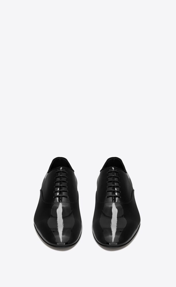 smoking oxford shoes in patent leather