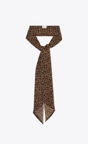lavallière scarf in heart-shaped leopard-print silk muslin