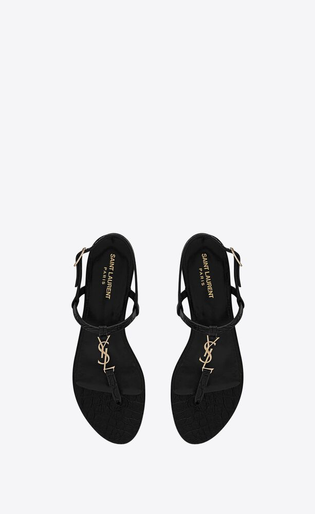 cassandra flat sandals in crocodile-embossed leather with gold-tone monogram