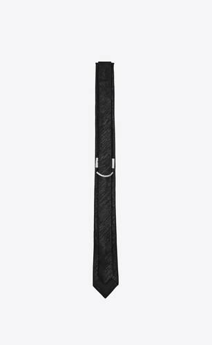 cravate fine en jacquard de soie à rayures lamées