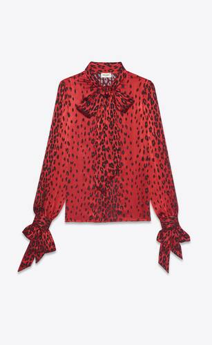 blouse à col lavallière en satin de soie dévoré à imprimé léopard