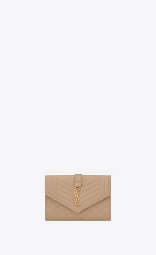 monogram petit portefeuille envelope en cuir mix matelassé embossé grain de poudre