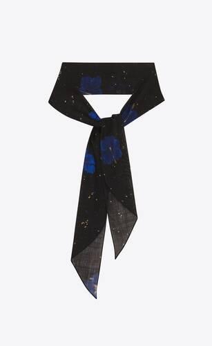 lavallière scarf in confetti hibiscus wool etamine