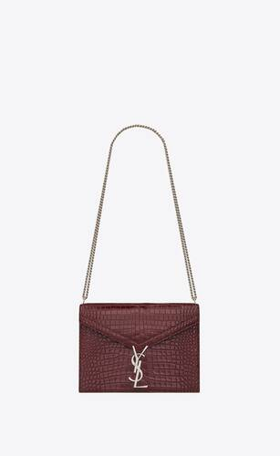 cassandra fermoir monogram medium en cuir brillant embossé crocodile
