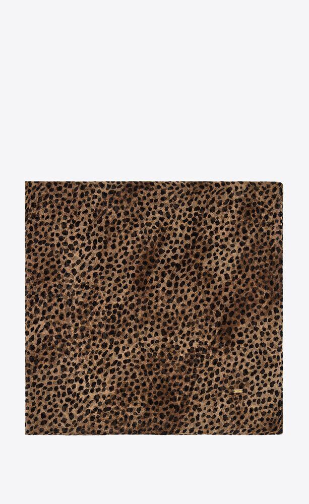 großer quadratischer schal mit leoparden-print aus seiden-musselin