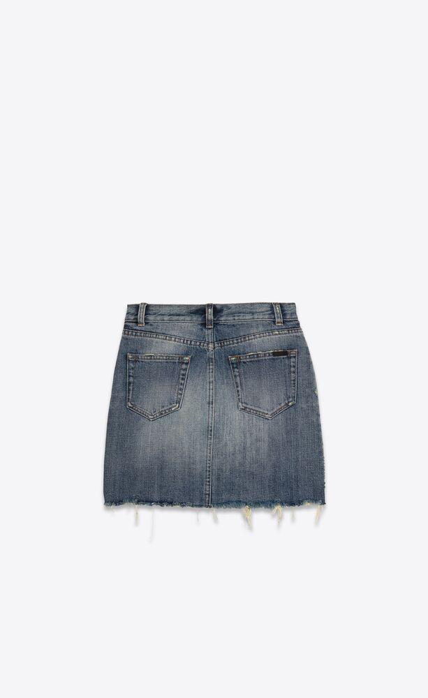 mini-jupe à bords bruts en denim sandy fall blue