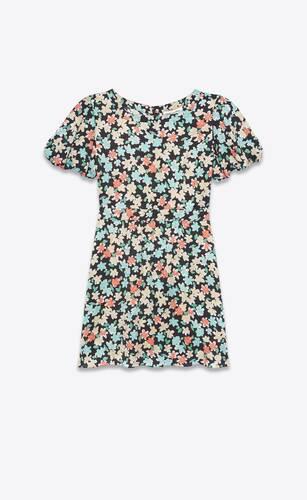 vestido con mangas abombadas de seda con motivo floral