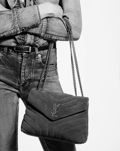 loulou kleine tasche mit seil-monogramm aus veloursleder