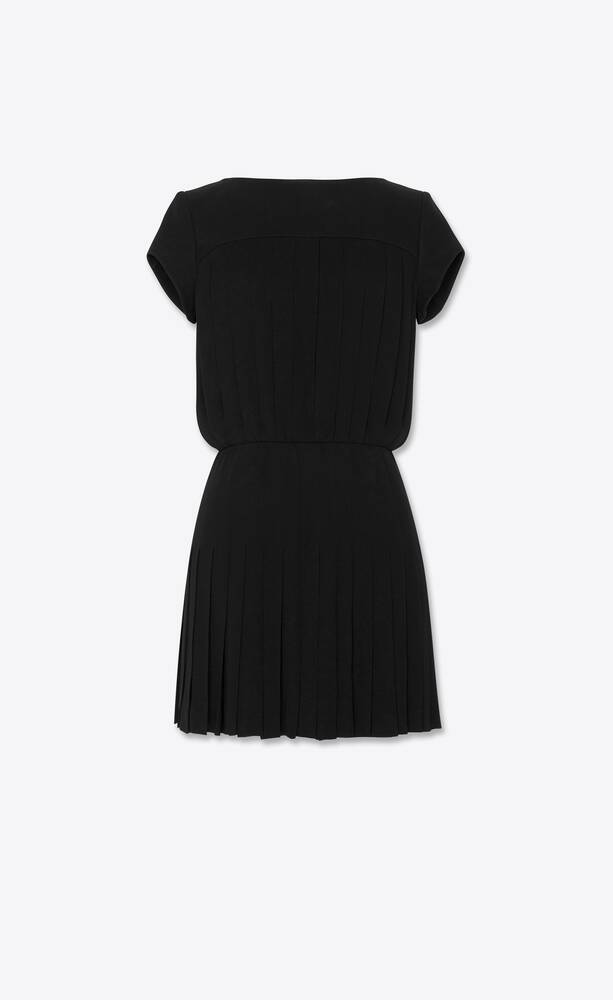 short-sleeve pleated dress in viscose crepe