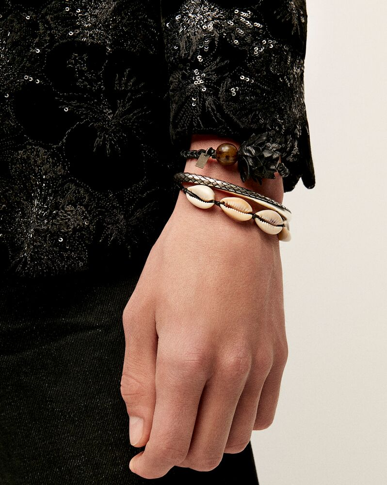 cowrie shell bracelet in leather, seashell and metal