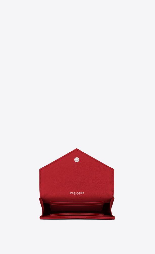kleines umschlagportemonnaie aus rotem strukturleder mit matelassé-nähten