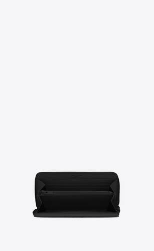 portemonnaie mit rundumreißverschluss aus schwarzem matelassé-leder mit struktur