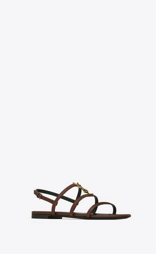 cassandra flat sandals in smooth leather with gold-tone monogram
