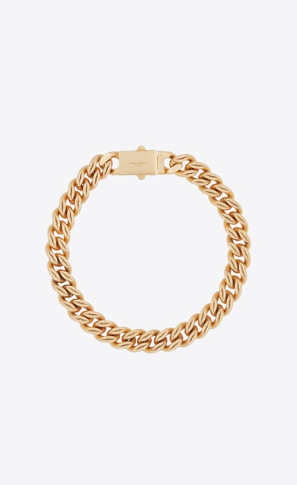 lip links chain necklace in metal