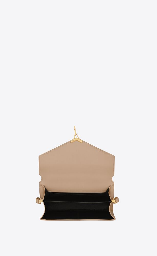 cassandra top handle medium en cuir embossé grain de poudre