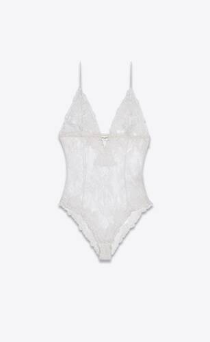 plunging v-neck bodysuit in fern medallion lace