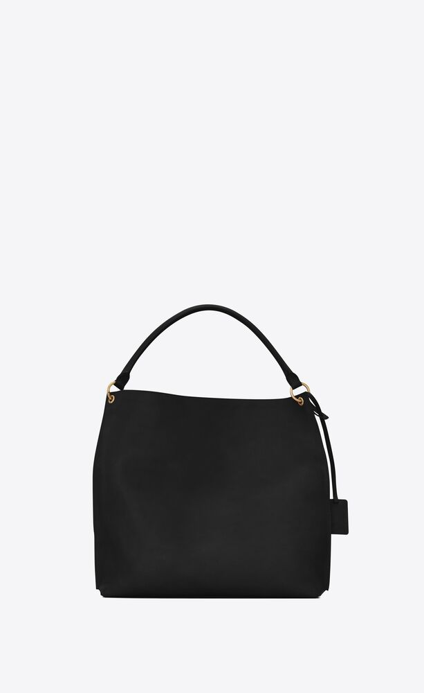 tag hobo bag in smooth saddle leather