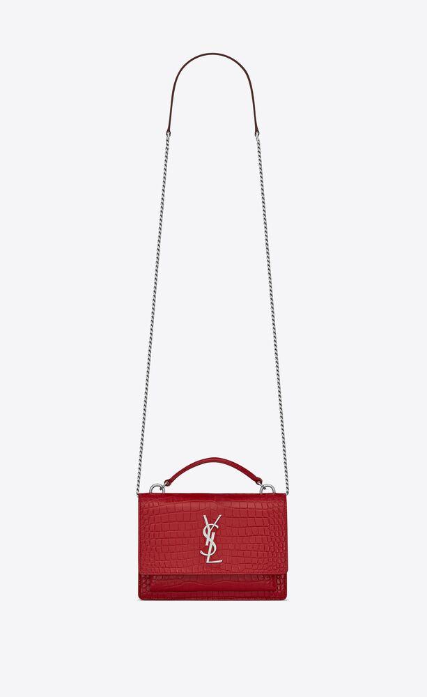sunset chain wallet aus rotem glanzleder mit krokodillederprägung