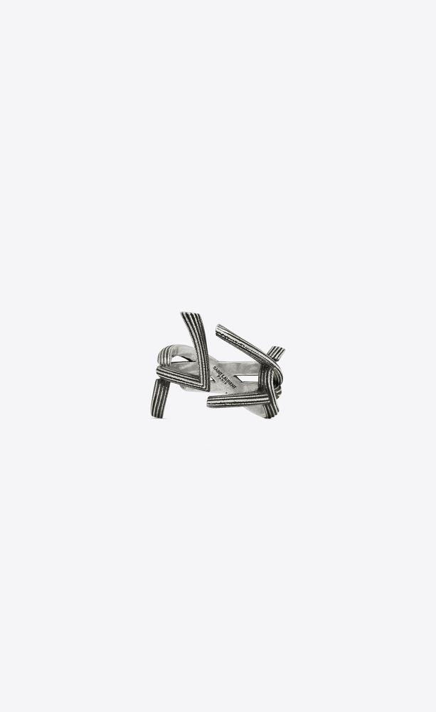 anello monogram in metallo con striature