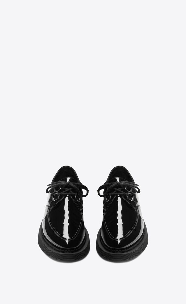 teddy lace ups in patent leather