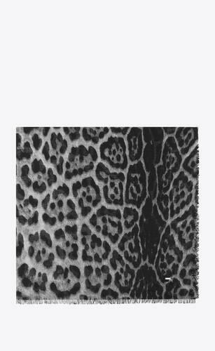 gran carré con estampado leopardo de etamina de cachemira gris y negra