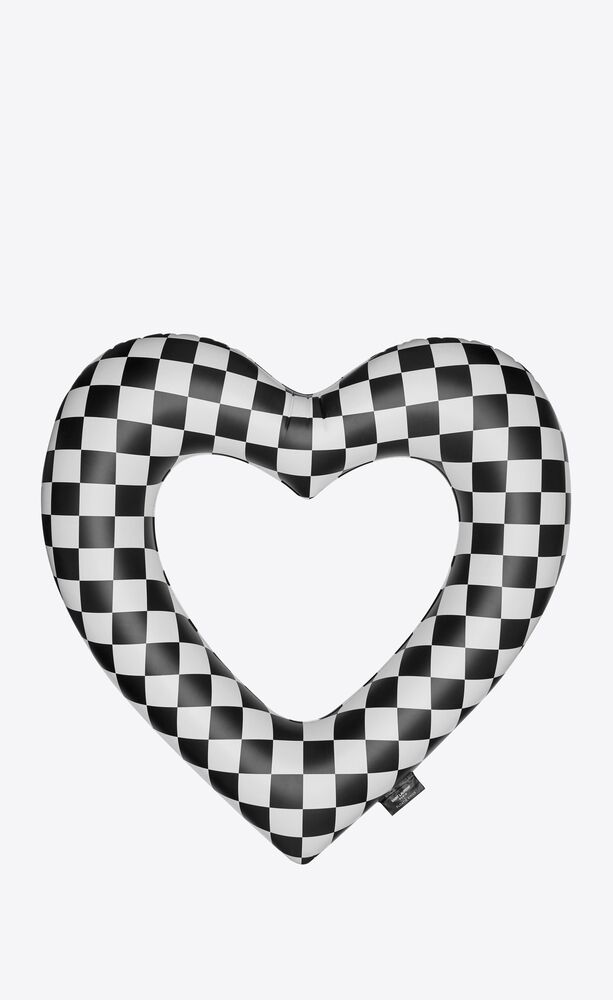 checkered heart float